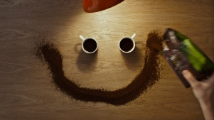 Pack-creating-the-coffee-smile
